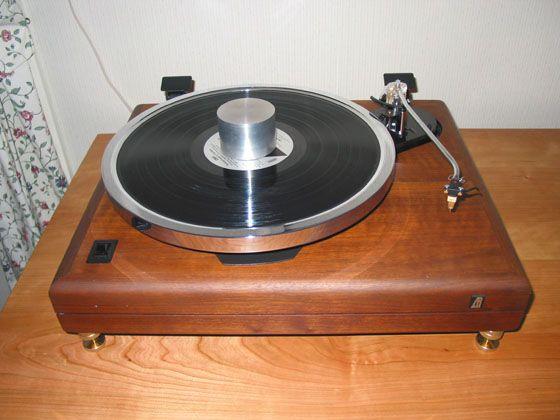 Carson's Merrill Modded ES 1 Vinyl Nirvana Vintage AR