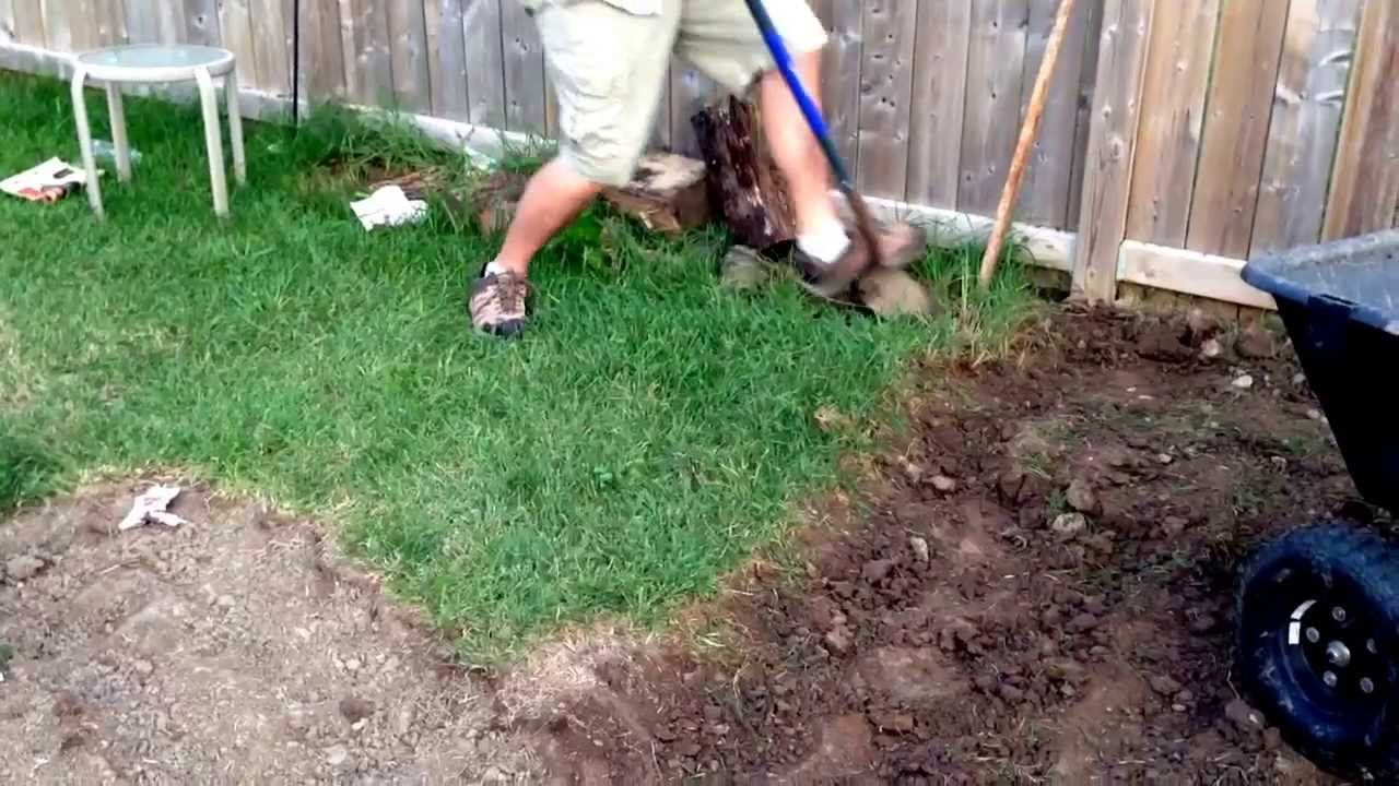How To Remove Sod By Hand The Easy Way Grass Removing Sod Sod