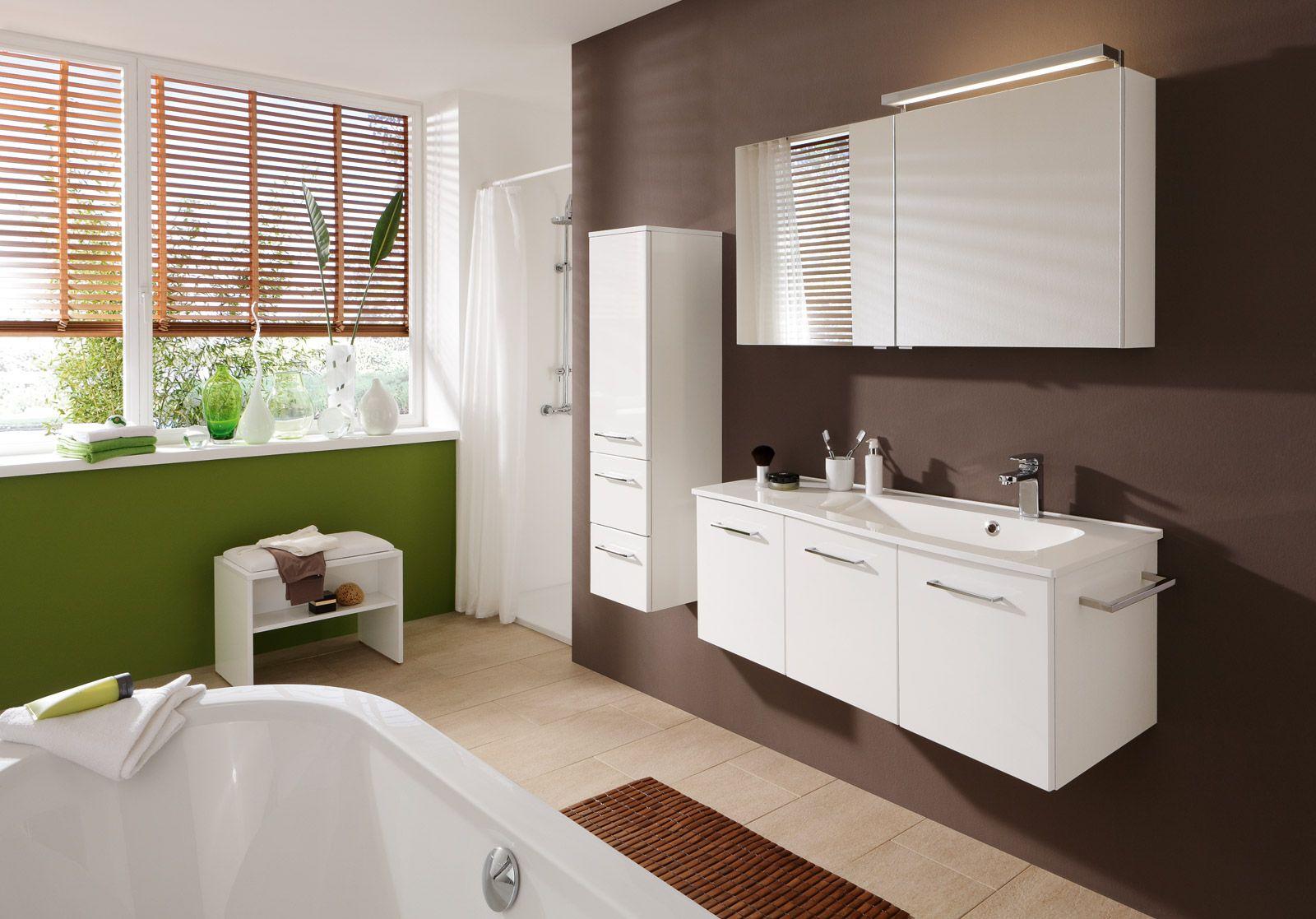 Een badkamer met de tijdloze en moderne badmeubels van pelipal