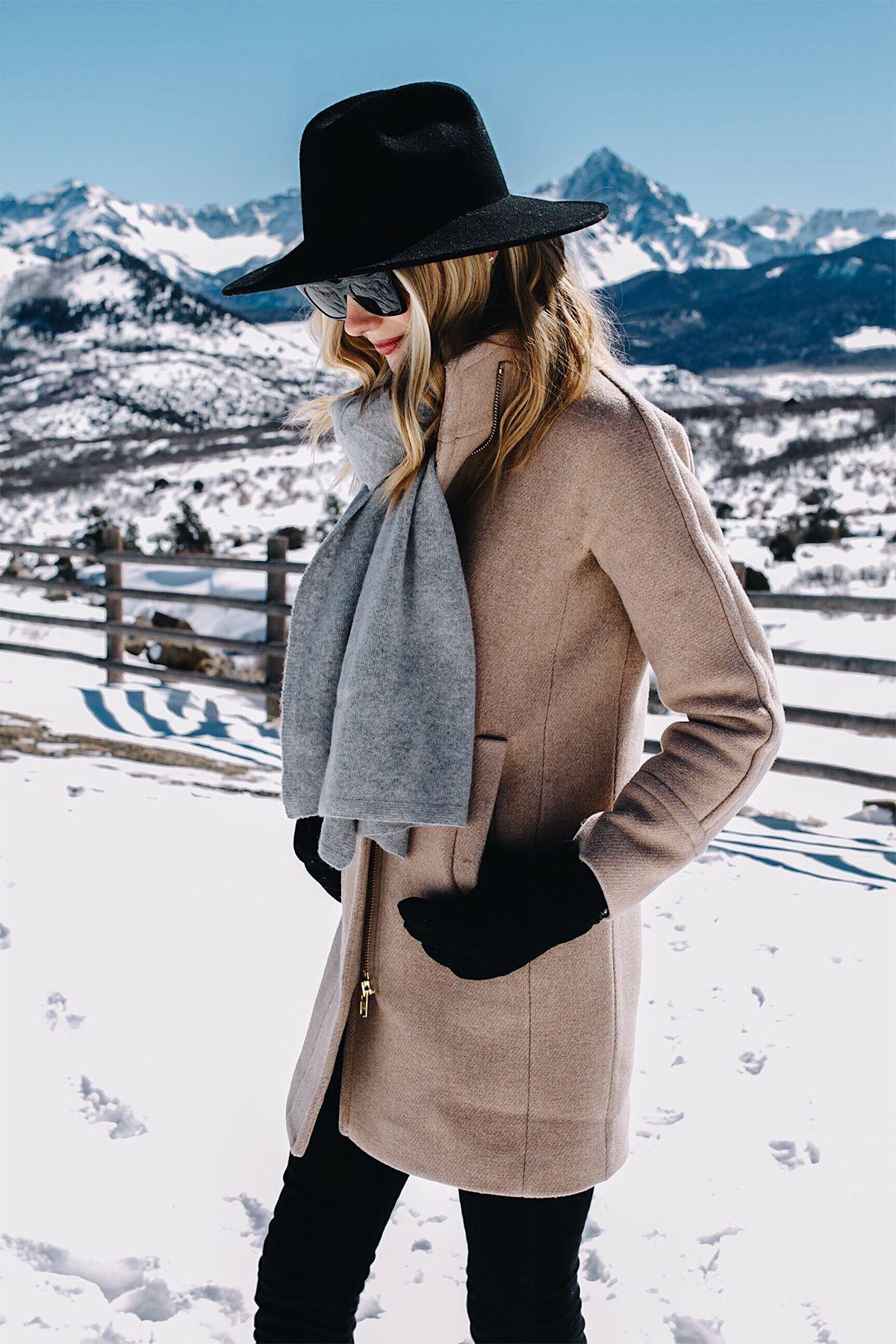 Telluride CO Snow Mountains Blonde Woman Wearing Grey Scarf Camel Coat  Black Wool Hat Black Gloves Fashion Jackson Dallas Blogger Fashion Blogger