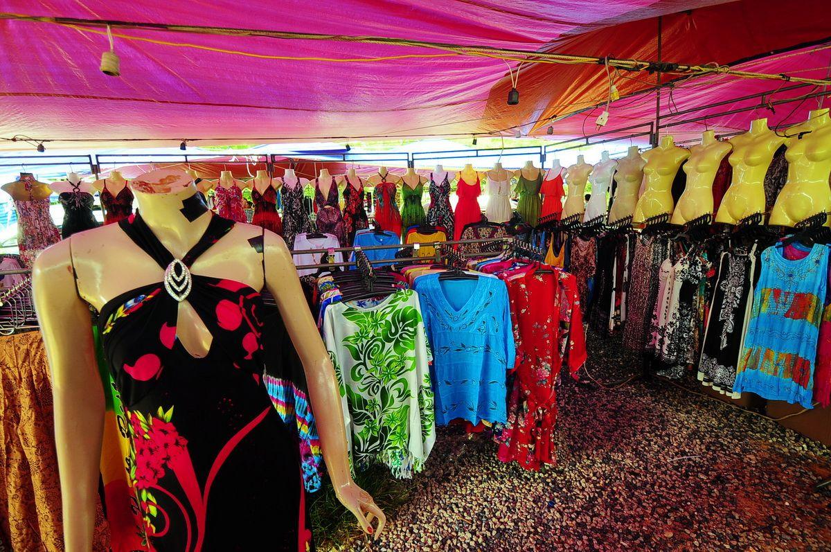 A casual market at Bang Tao Beach