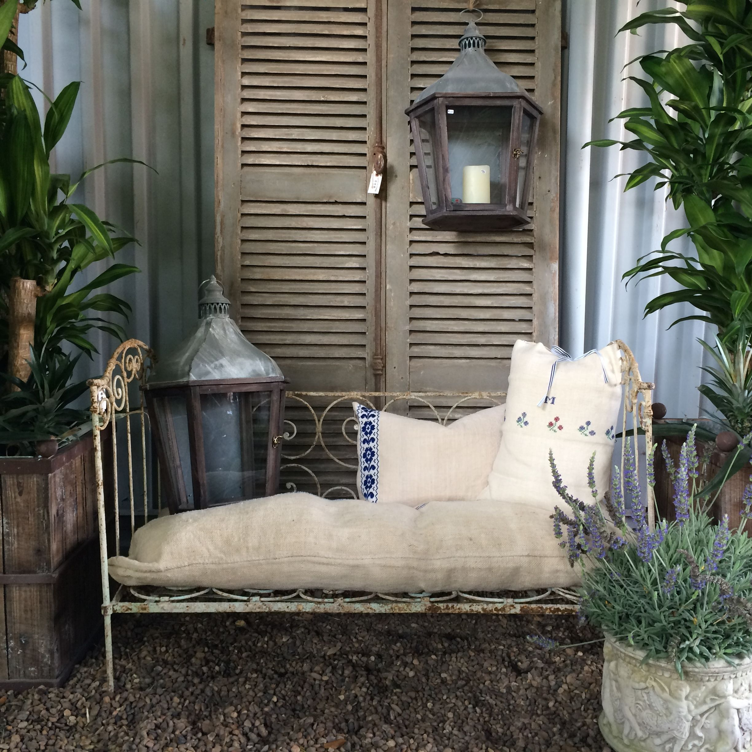 Day Bed At Jardin De France Houston Home Home Decor