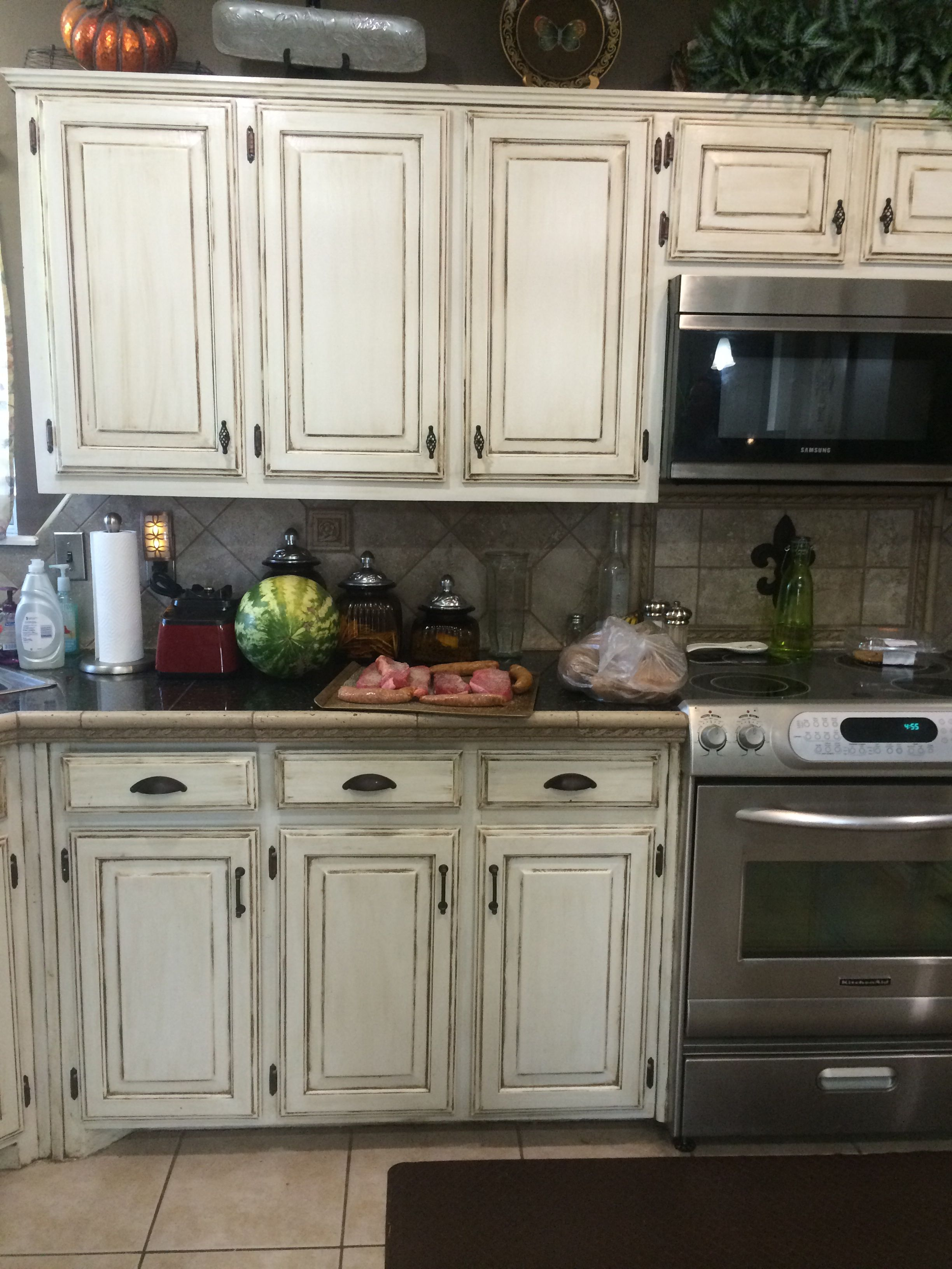 Amazing Cupboards Distressed Kitchen Cabinets Painting Kitchen Cabinets Refurbished Kitchen Cabinets