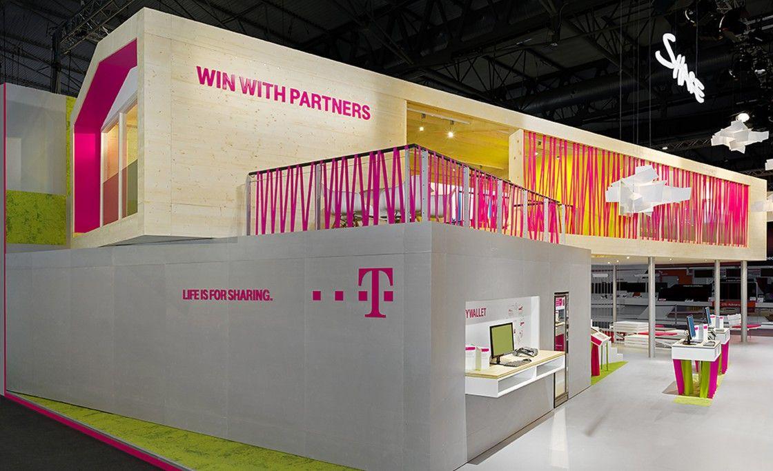 Ideas worth spreading. Mutabor Booth design