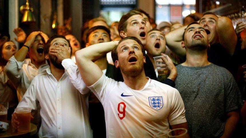 """WM 2018 Public Viewing mit EnglandFans """"Bist Du etwa"""