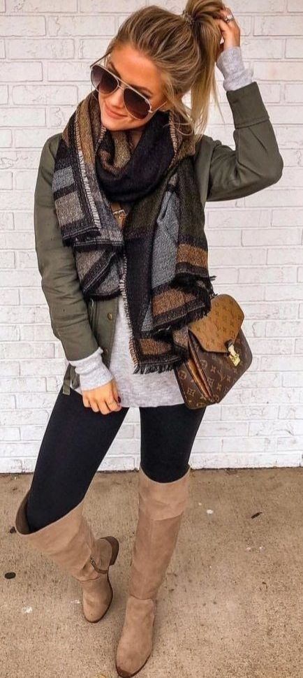 Casual Fall Outfits Women: Scarf #autumnwardrobe