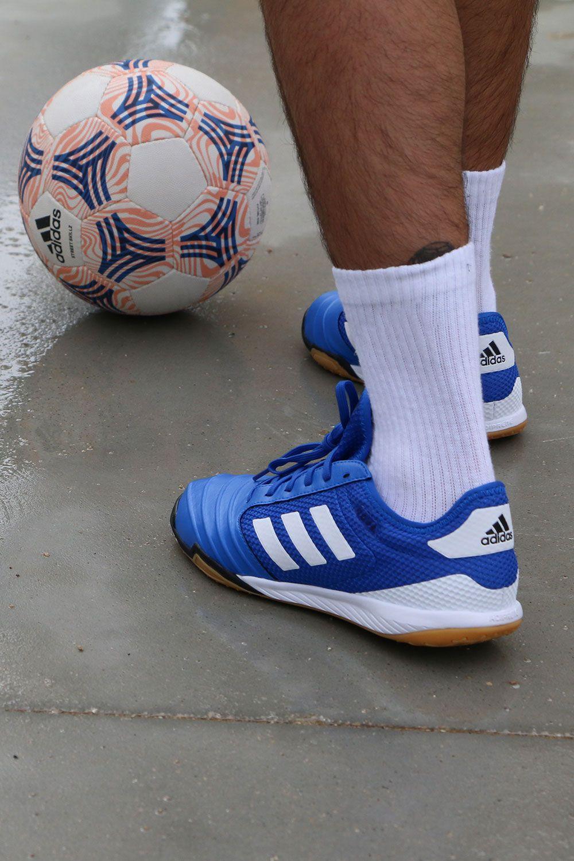 half off 9f9fa 7f9ef Estas zapatillas pertenecen a la colección Team Mode. Pack que adidas ha  lanzado para afrontar