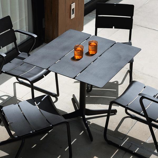table bistro ceru 80x80cm garden furniture pinterest. Black Bedroom Furniture Sets. Home Design Ideas