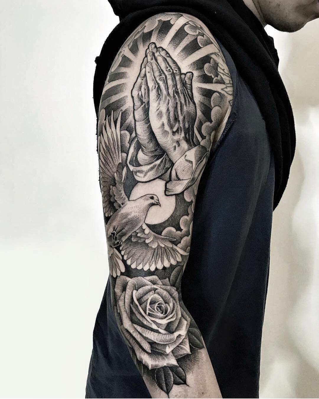 Tattoo by @lilbtattoo