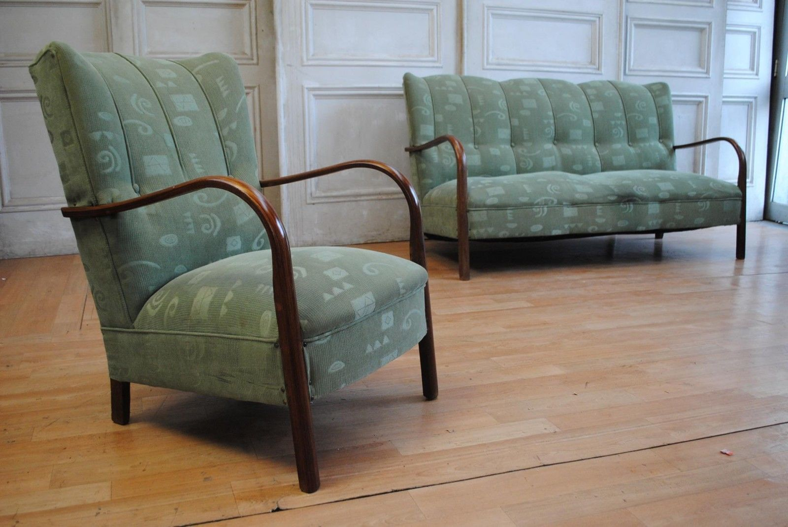 Brilliant Rare Antique Art Deco Wing Back Lounge Suite Curved Timber Theyellowbook Wood Chair Design Ideas Theyellowbookinfo