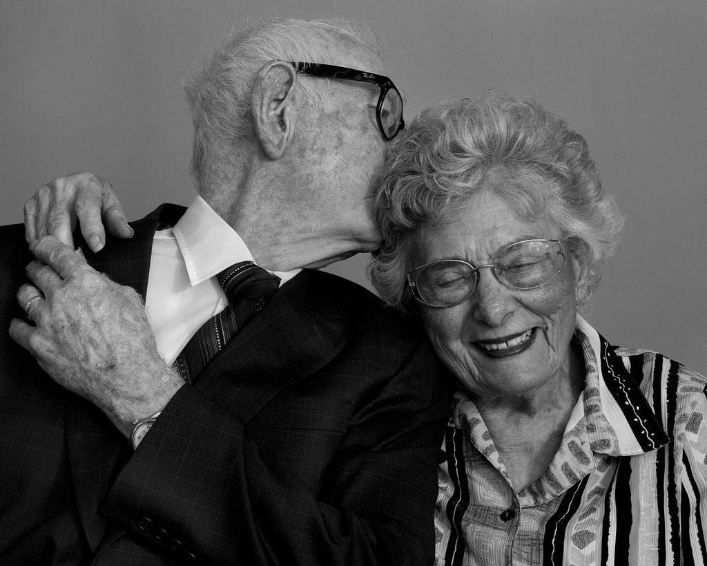 Philadelphia Black Seniors Online Dating Service