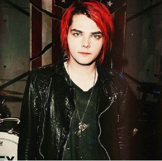What starts with 'G' and ends with 'ay'?!?!! GERARD WAY!!!