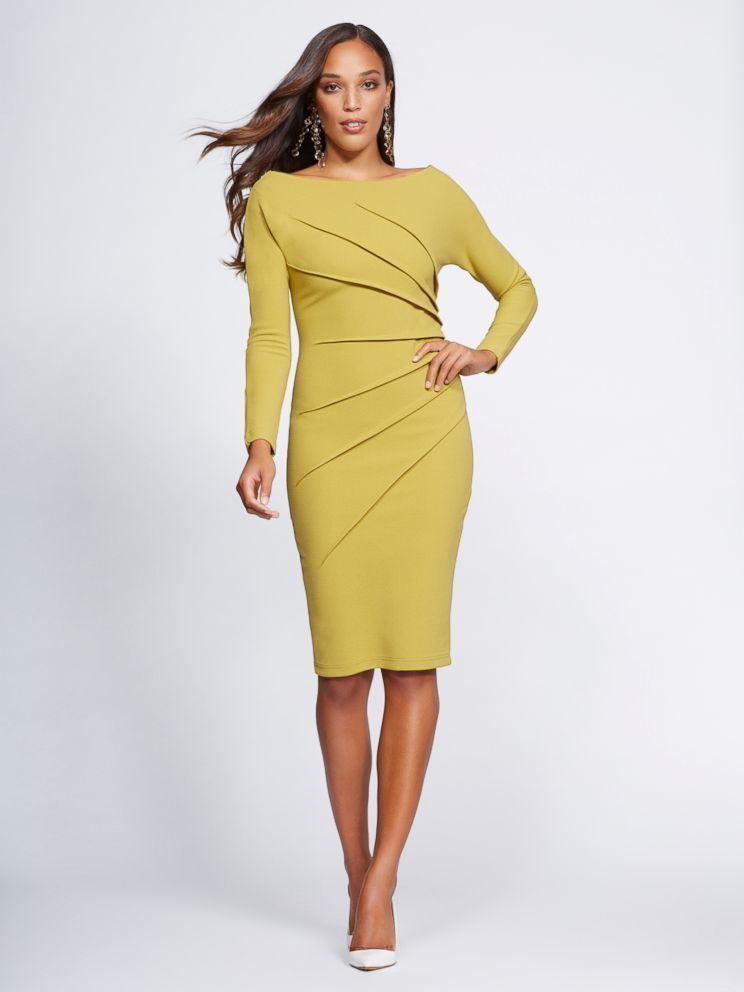 09d5e75270e The Off-the-Shoulder Sheath Dress from Gabrielle Union s NY   Co.  collection.  dress  shopping  style  fashion  style