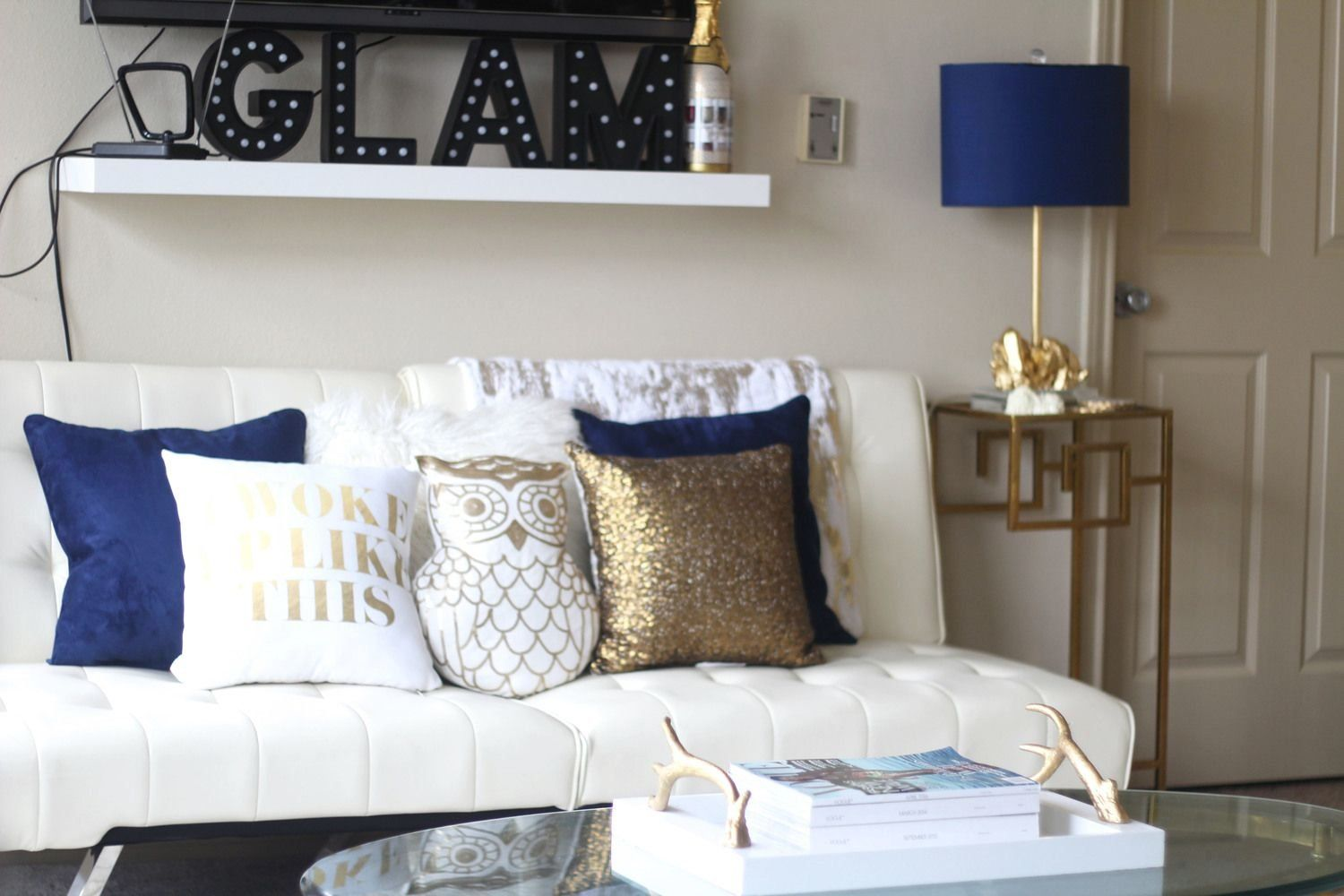 6 Easy Ways To Update Accent Decor Royal Blue Gold 1004 In 2020 Blue Living Room Decor Gold Living Room Blue And Gold Bedroom #royal #blue #living #room #decorating #ideas