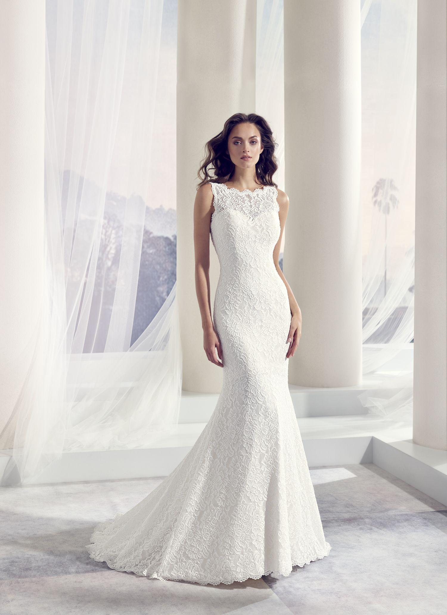 Elegante Bruidsjurken.Stap In Het Huwelijksbootje In Een Van De Elegante Bruidsjurken Van