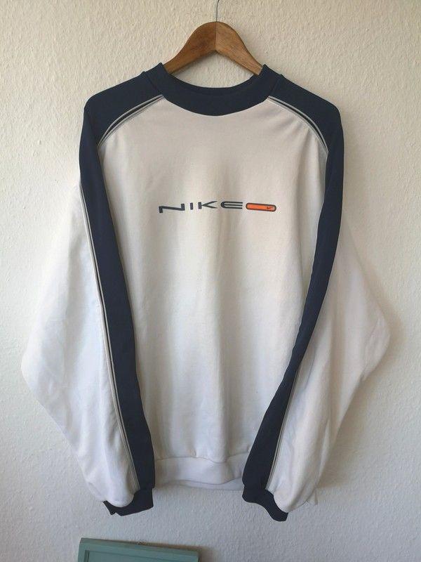 Nike True Vintage Sweater Gr Xl Sweatshirt Guter Getagener Zustand 8 5 10 Masse Auf Den Letzten Beiden Bil Bekleidungsstile Vintage Klamotten Hoodies Herren