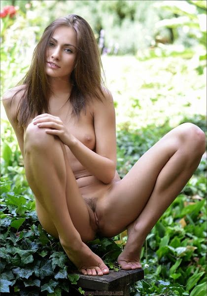 sexy naked girls in the world