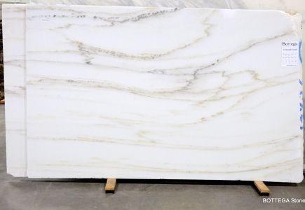 Colorado Gold 2378 White Kitchen