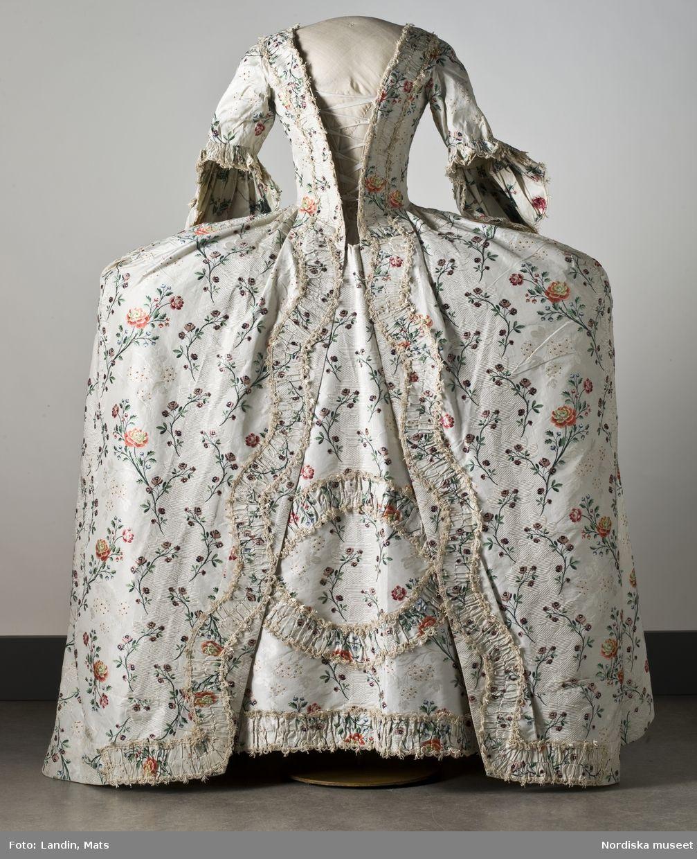 DigitaltMuseum - Dräkt av sidenbrokad, 1700-talets mitt. Nordiska museet inv nr 173609.