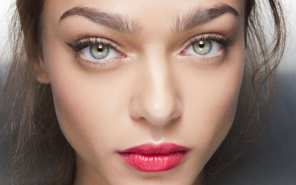 Große Augen - so einfach schminkst du sie (mit Bildern
