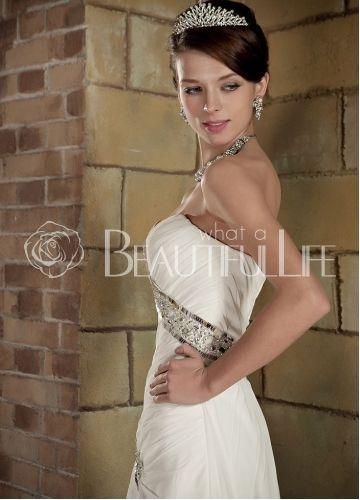 157.49€ Satin And Chiffon Sweep Train Sweetheart Sequins And Beading A-Line Wedding Dress