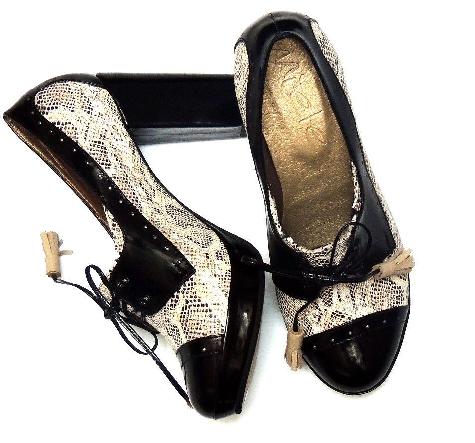 Zapatos Oxford en cuero Blanco y negro. $135.000
