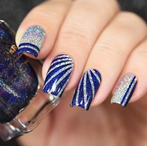 Winter nails with glitter - 60 nail design ideas for the holidays! #holidaynailswinter