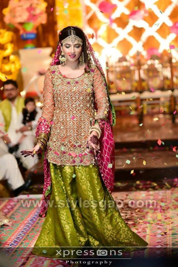 Latest Bridal Mehndi Dresses Wedding Collection 2020 2021 Bridal Mehndi Dresses Mehndi Dress Pakistani Wedding Dresses