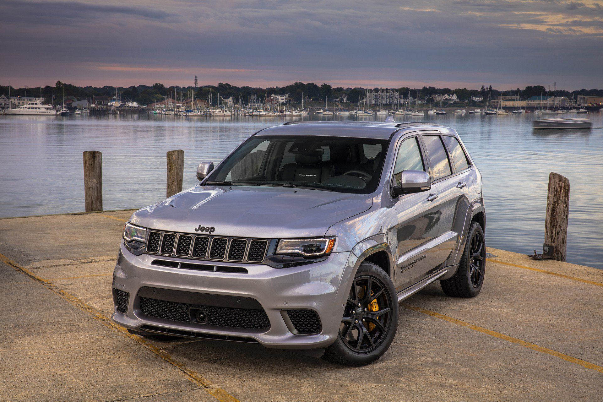2019 Jeep Grand Cherokee Gains Limited X Variant Additional Safety Equipment Carscoops Jeep Grand Cherokee Limited Jeep Grand Jeep Grand Cherokee
