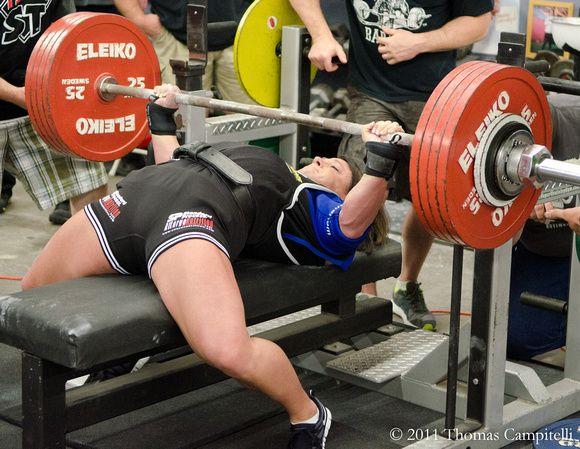 Laura Phelps Sweatt Spf Women S Pro Am 2011 Powerlifting Meet Powerlifting Women Bad Knee Workout Powerlifting