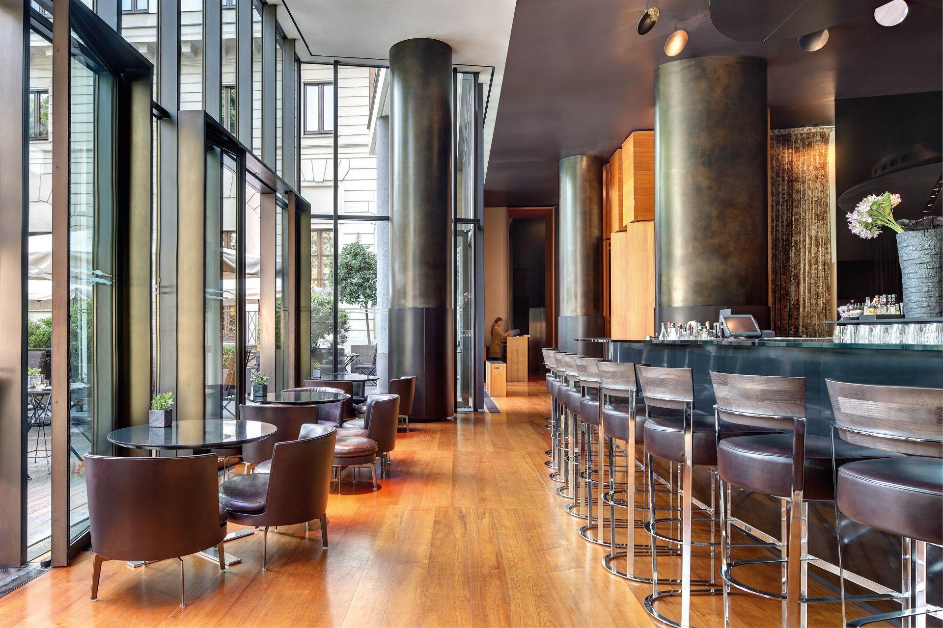 Bulgari Hotel Milano Luxury Bar For The Best Aperitivo In