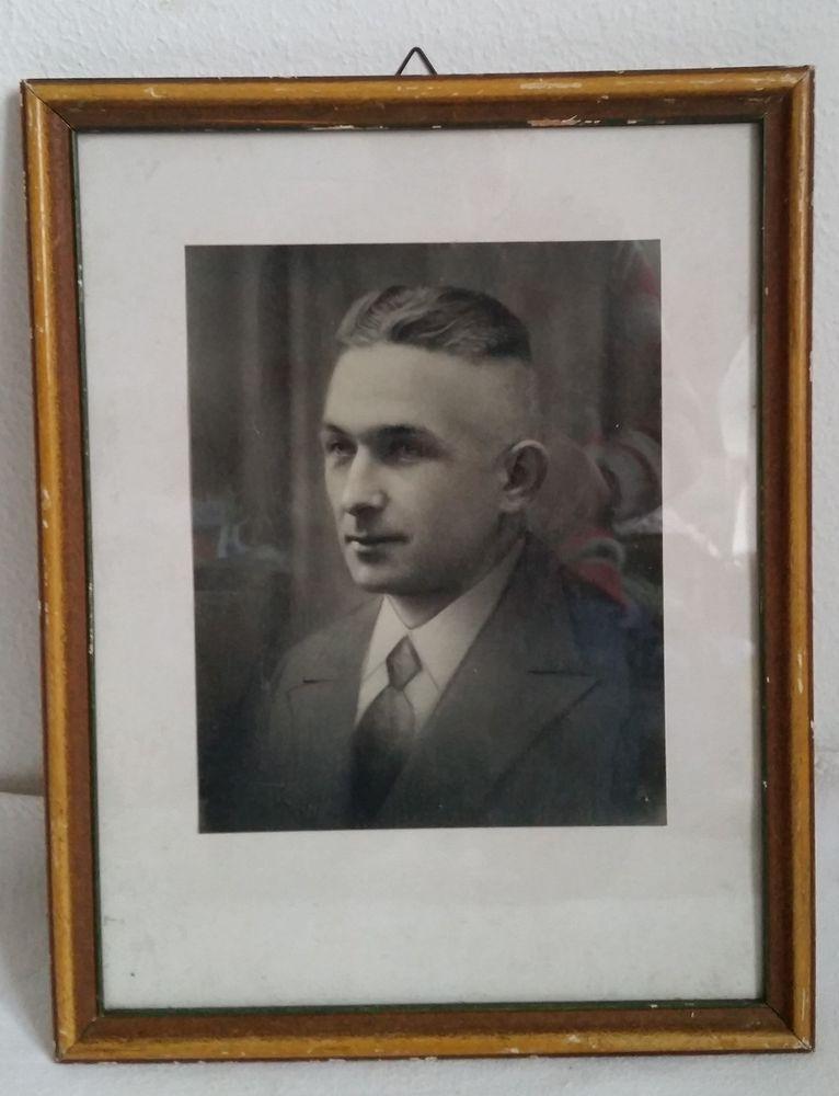 Details zu Foto Porträt Portrait junger Mann Bild Bilderrahmen Holz ...