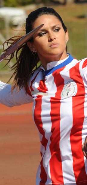 Bellisima Leryn Franco. Lanzamiento de jabalina. Paraguay.