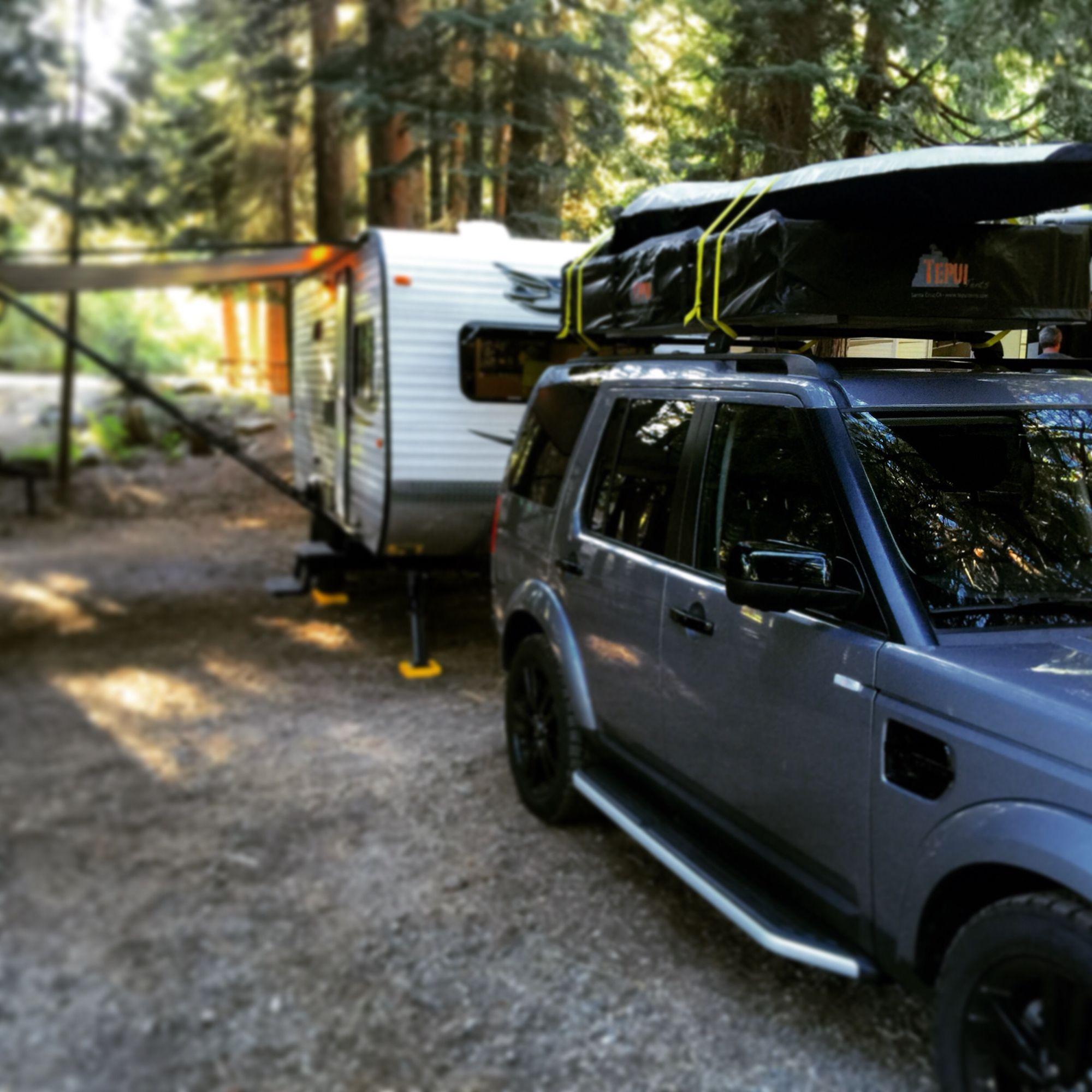 Land Rover LR4 Camping