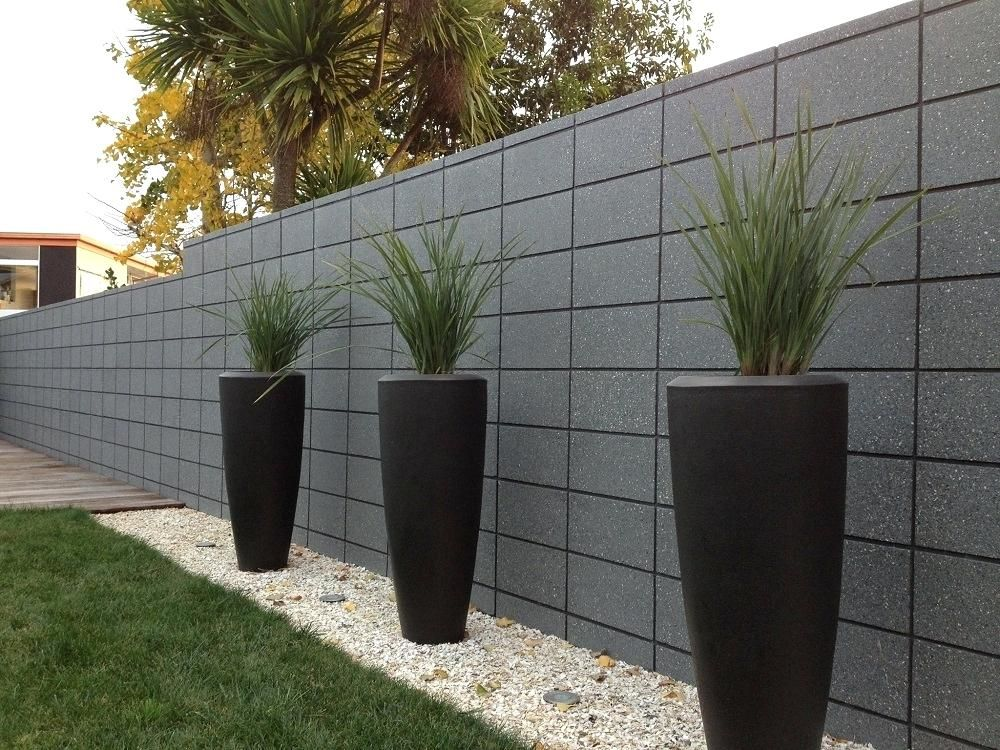 Block Wall With Wood Fence Concrete Block Walls Design Cinder Block Fence Wall Design Concrete Block Walls Concrete Retaining Walls