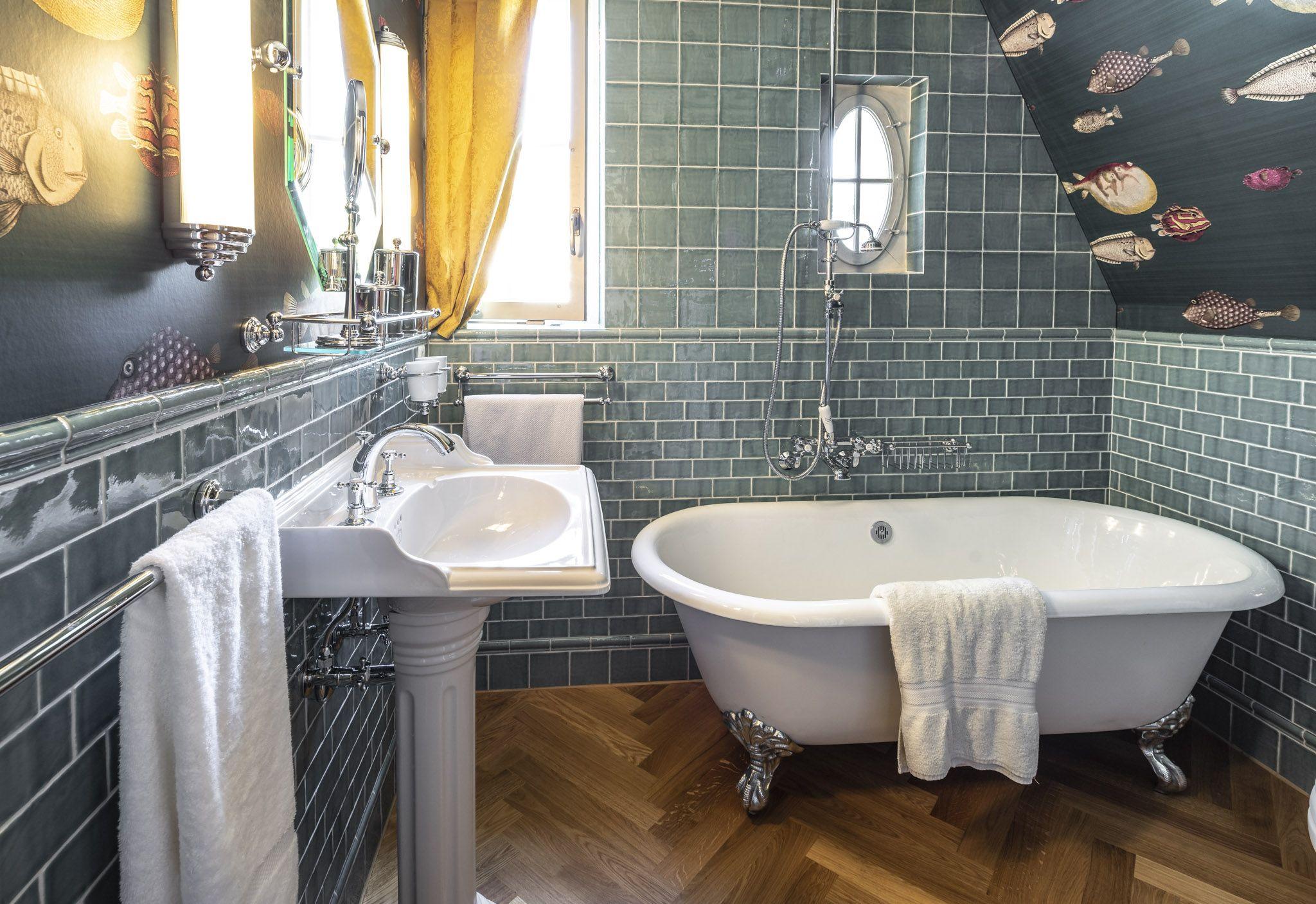 Vintage Bad Badezimmer Traditionelle Bader Gusseisen Badewanne