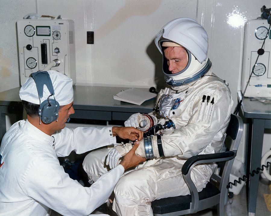 Ed White | Apollo space program, Apollo 1, Nasa apollo