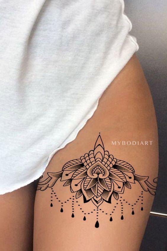 Tatuaz Na Udzie Top 24 Niesamowite Inspiracje Dla Pan Strona 3 Z 5 Flower Thigh Tattoos Mandala Thigh Tattoo Thigh Tattoo