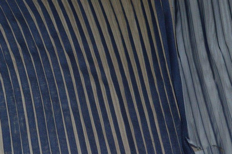 best service 5319f d6060 Vendita online chiffon plissettato blu - Tessuti & Stoffe ...