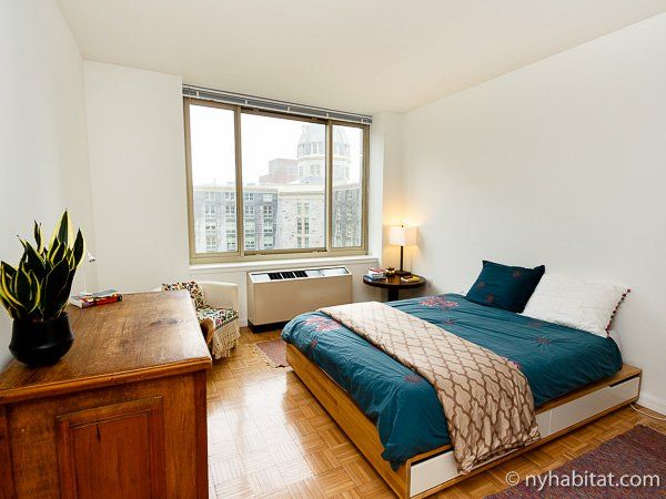 Listing For A Rooms For Rent In New York City Posted On 2020 02 26 In 2020 Living Room Tv Rooms For Rent Nyc Real Estate