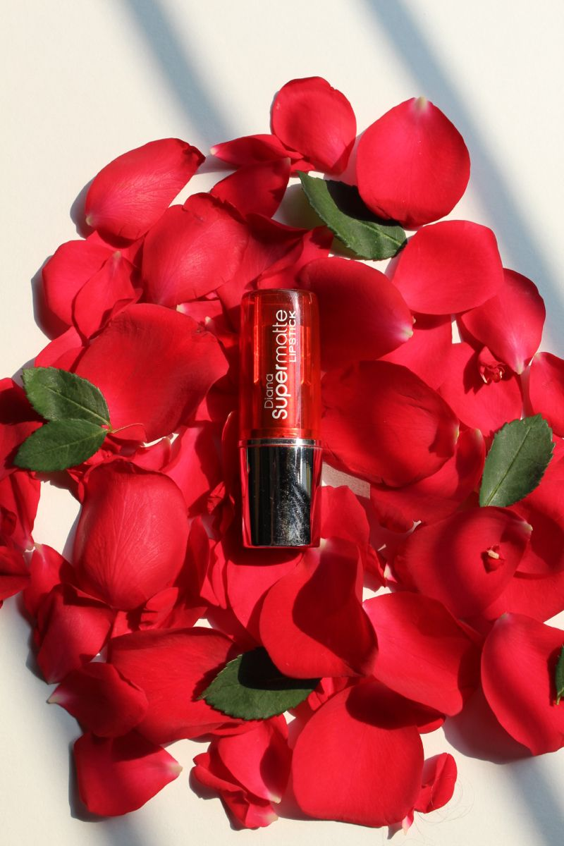 Photo of Diana of London Lipstick // Makeup Review