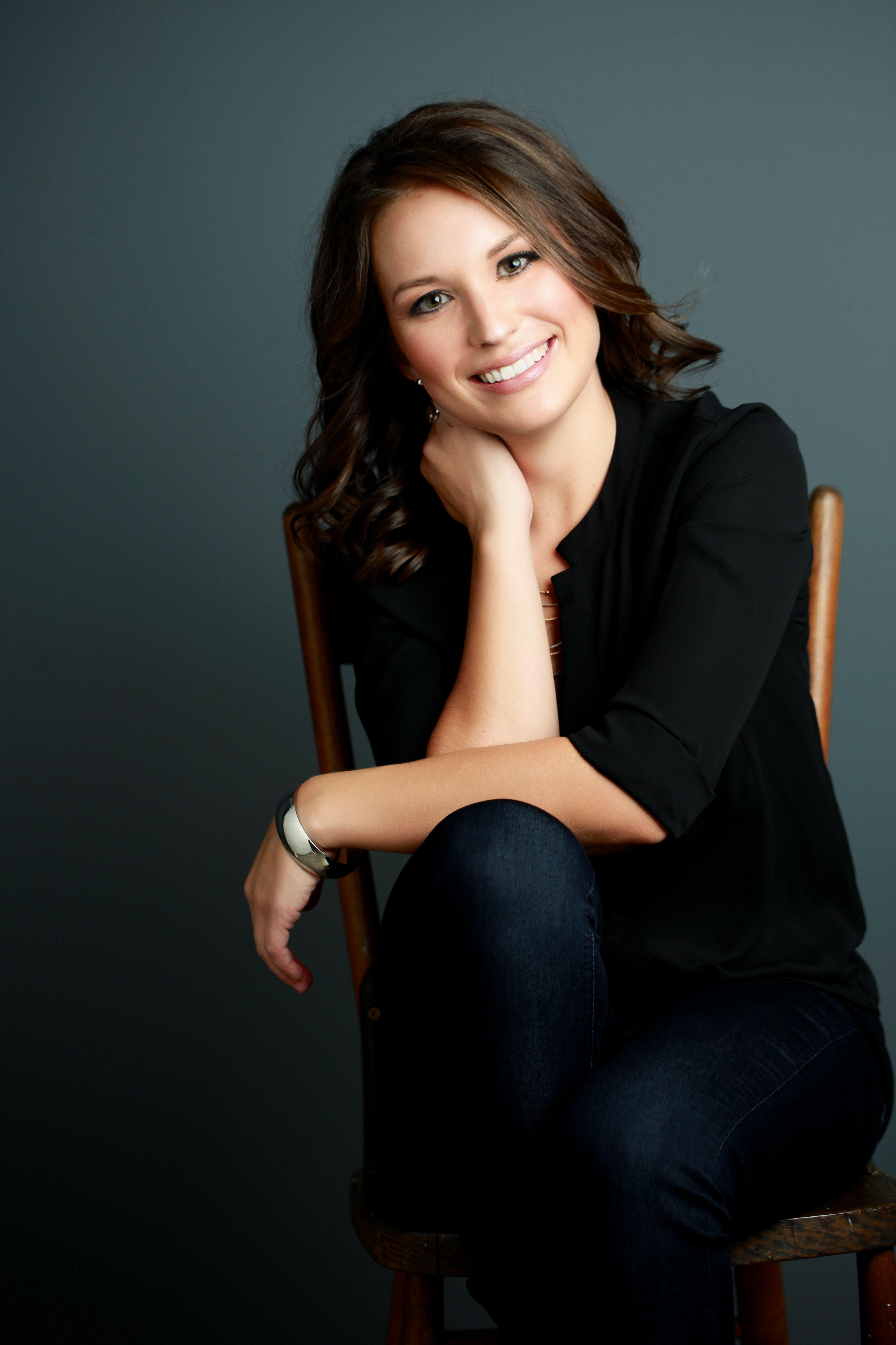 Female photoshoot - businesswoman, Mandy McEwen ...