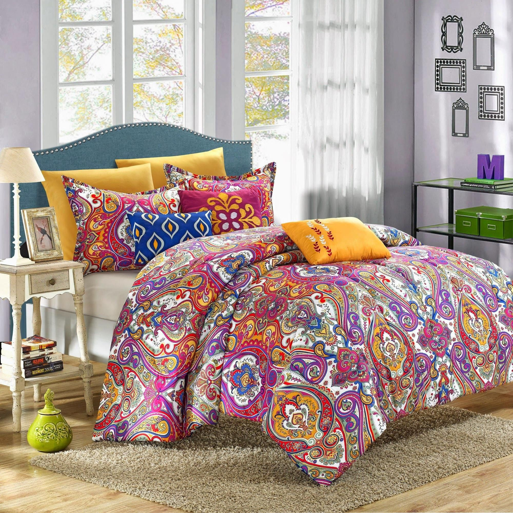 Mumbai Bright Paisley 12 Piece forter Bed In A Bag Set