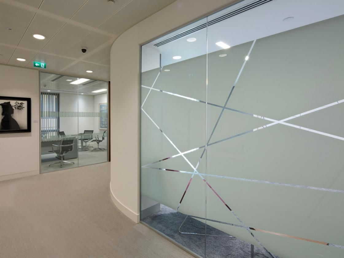 Atrractive interior glass partition decoration for office also