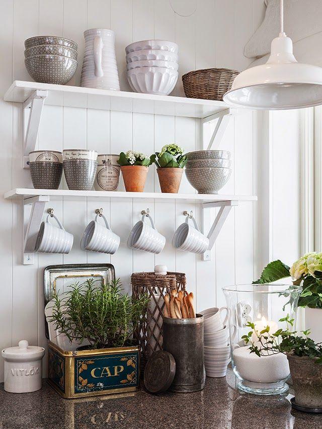 Modern rincones detalles gui±os decorativos con toques romanticos White ShelvesFloating ShelvesOpen ShelvesKitchen Beautiful - New white kitchen shelves Plan