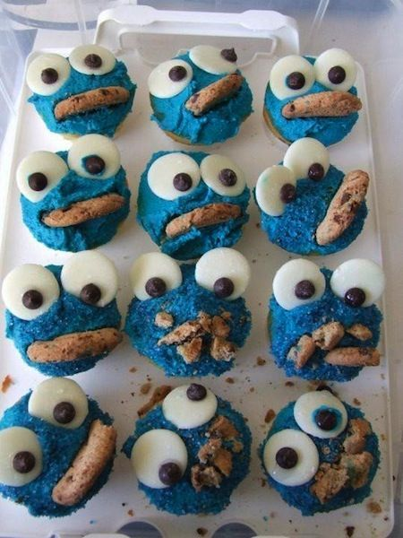 progressively more troubled cookie monster cookies? okay...