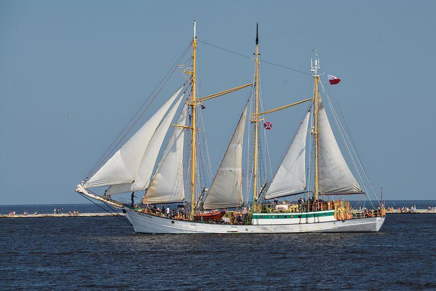 how to build a schooner