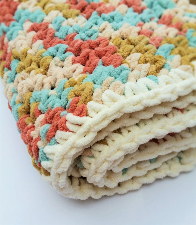 Crochet baby blanket pattern. Fast and easy and free! I love this yarn and the simple single crochet stitch pattern is perfect. Thanks for sharing.