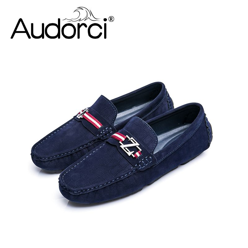 774dcf84fa3 Audorci Handmade Man Driving Shoes 2018 Spring Men Light Loafers Shoe Men s  Fashion Boat Peas Shoe Man Non-slip Flats Size 38-44.