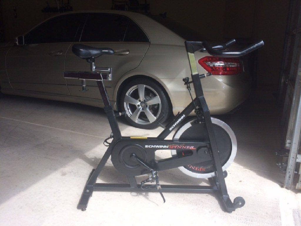 johnny g schwinn spinner pro stationary bike sporting goods